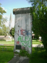 <h5>Die Berliner Mauer in Oberstdorf</h5><p>Details, Copyright:  &lt;a href=&quot;http://the-wall-net.org/?p=156&quot;&gt;Oberstdorf, Bayern&lt;/a&gt; / Mehr &lt;a href=&quot;http://the-wall-net.org/category/the-berlin-wall/d/&quot; &gt;Standorte in Deutschland&lt;/a&gt;</p>