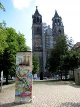 <h5>Die Berliner Mauer in Magdeburg</h5><p>Details, Copyright:  &lt;a href=&quot;http://the-wall-net.org/?p=1664&quot;&gt;Magdeburg, Sachsen-Anhalt&lt;/a&gt; / Mehr &lt;a href=&quot;http://the-wall-net.org/category/the-berlin-wall/d/&quot; &gt;Standorte in Deutschland&lt;/a&gt;</p>